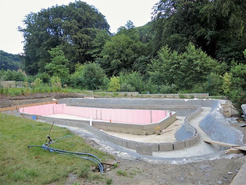 Stavba-veľkého-biobazénu
